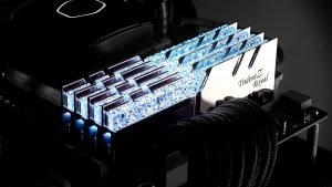 Image 1 : Test : DRAM G.Skill Trident Royal DDR4-3200 CL14, bling, luxe et performances