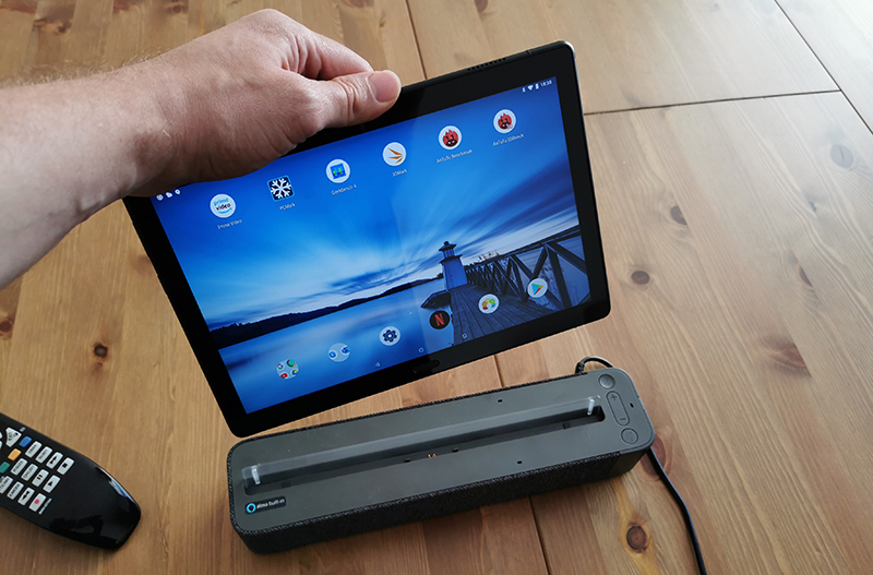 Image 1 : Test de la Lenovo Smart Tab : une tablette assistante vocale