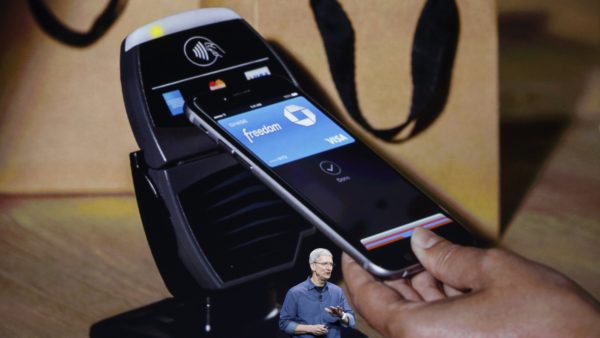 Image 1 : Apple Pay rivaliserait avec PayPal