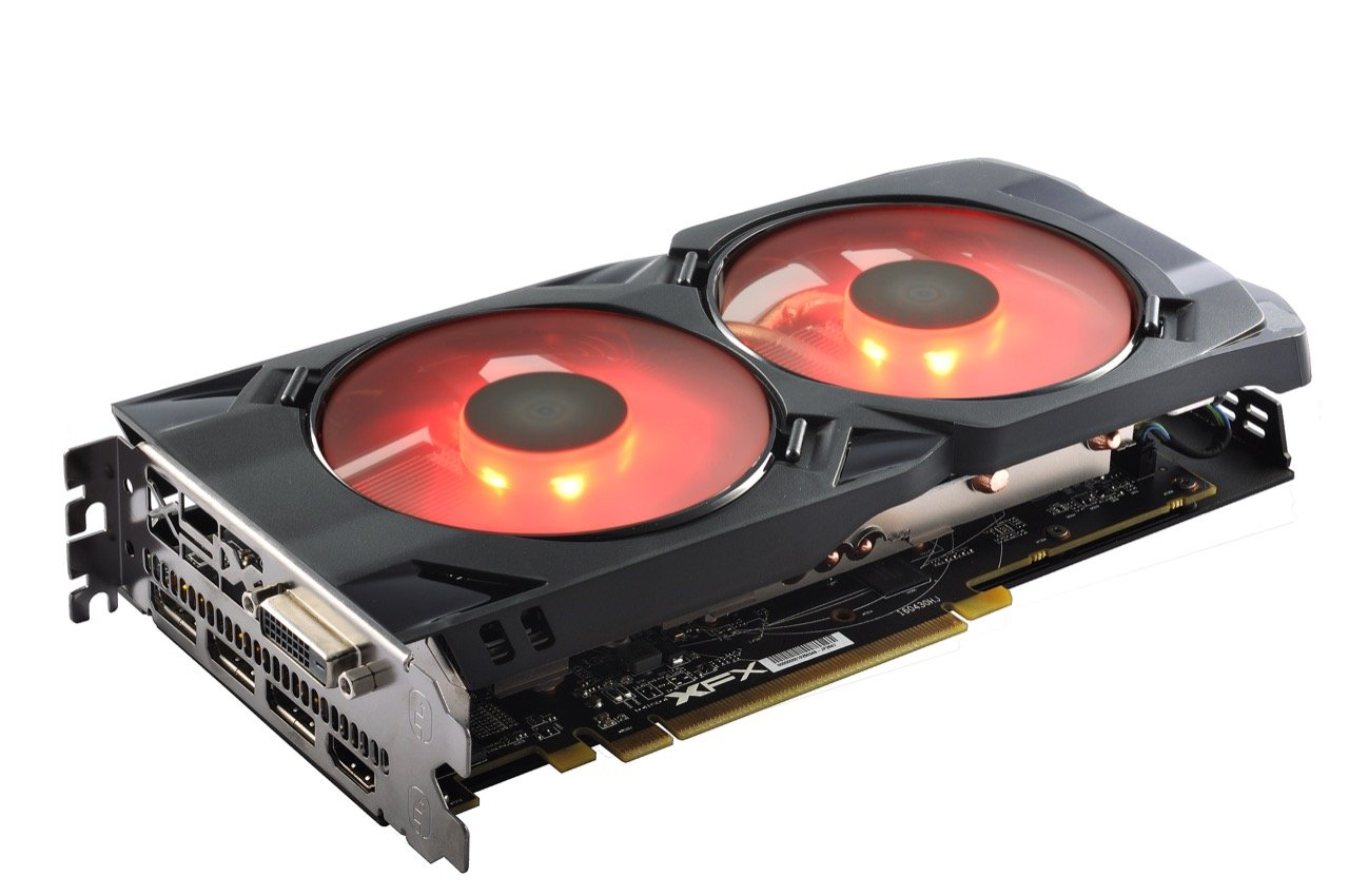 Image 3 : XFX Radeon RX 480 Crimson Edition : LED rouges et ventilateurs modulaires