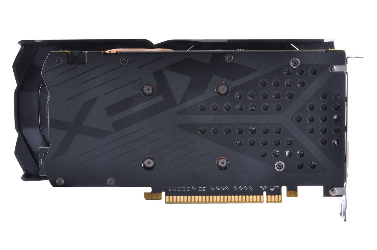Image 7 : XFX Radeon RX 480 Crimson Edition : LED rouges et ventilateurs modulaires