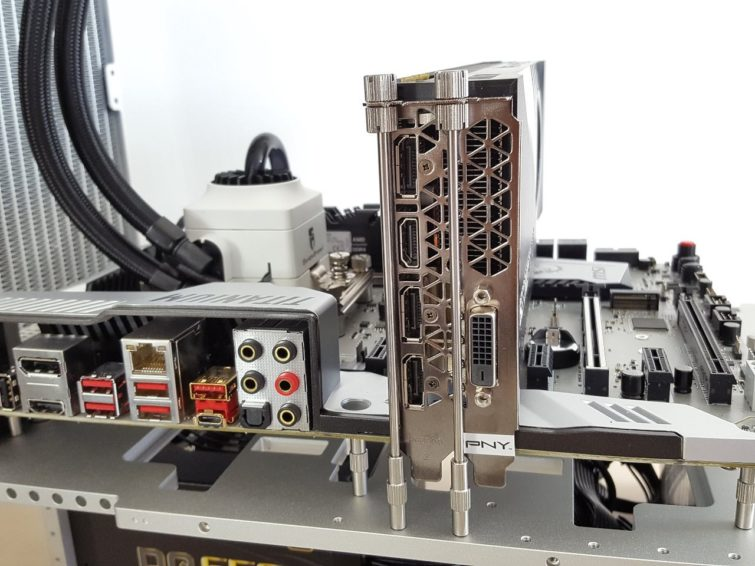 Image 2 : Test : Streacom BC1 Open Benchtable, classe, astucieuse, perfectible