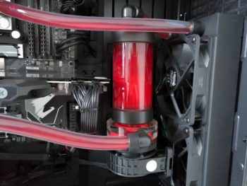 Image 16 : Test : PCSpecialist Liquid Series, PC gaming sous watercooling monstre