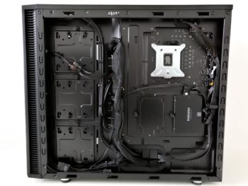 Image 9 : Test : PCSpecialist Liquid Series, PC gaming sous watercooling monstre
