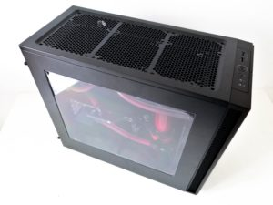 Image 1 : Test : PCSpecialist Liquid Series, PC gaming sous watercooling monstre