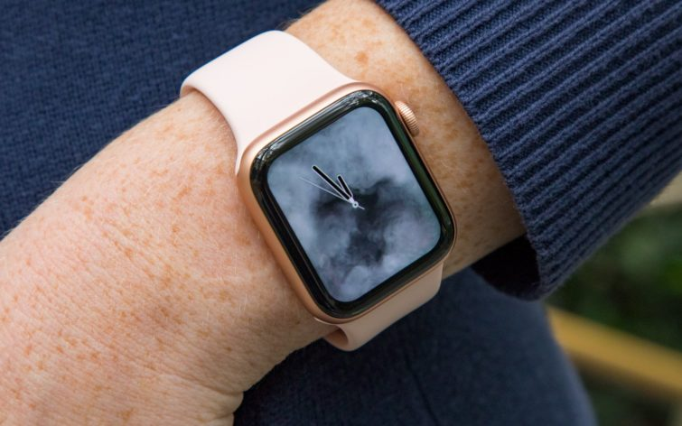 Image 1 : Test de la montre Apple Watch Series 4, la meilleure ?