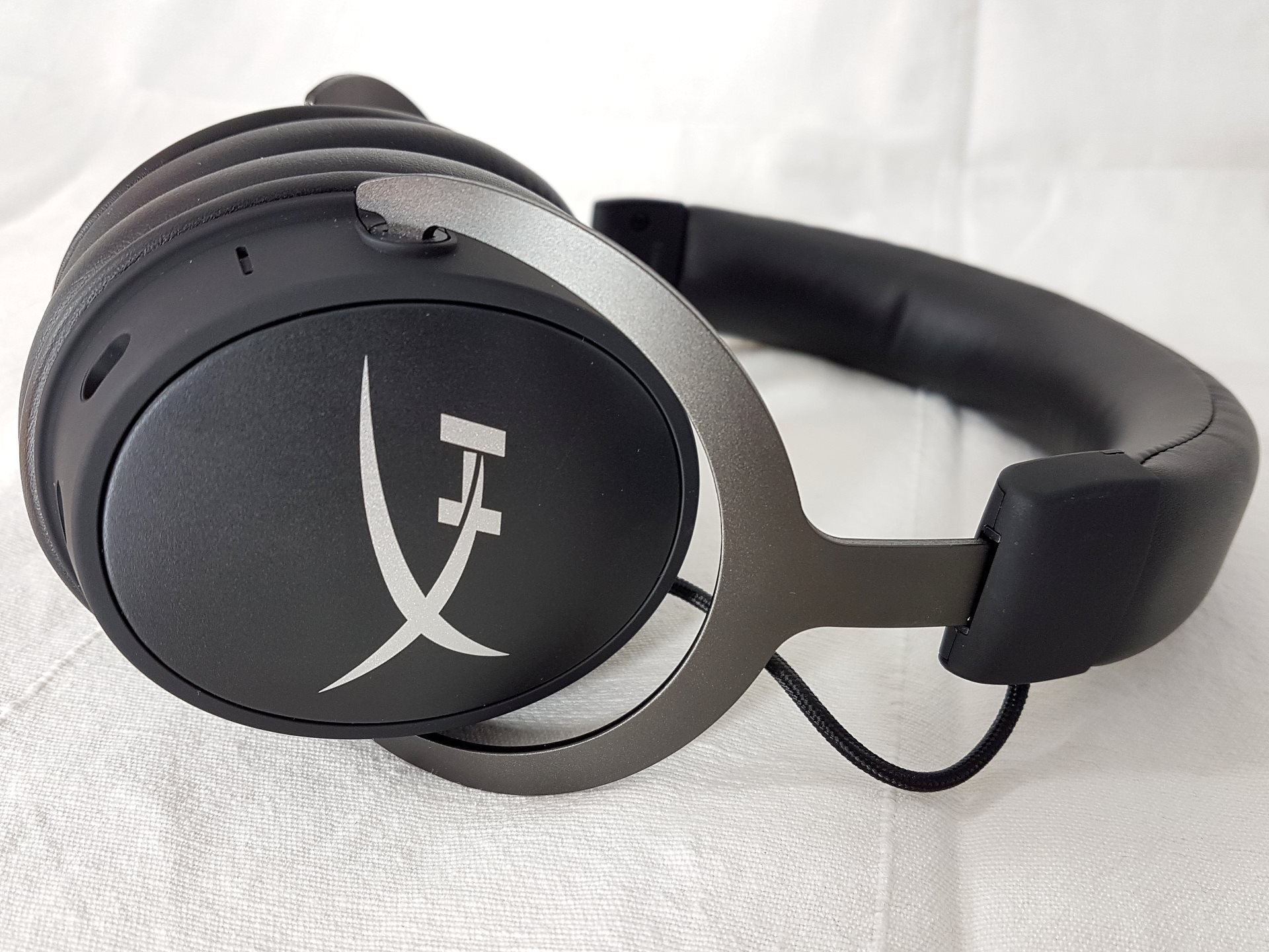 Image 7 : Mini Test : HyperX Cloud MIX, bon casque nomade Bluetooth et gaming filaire