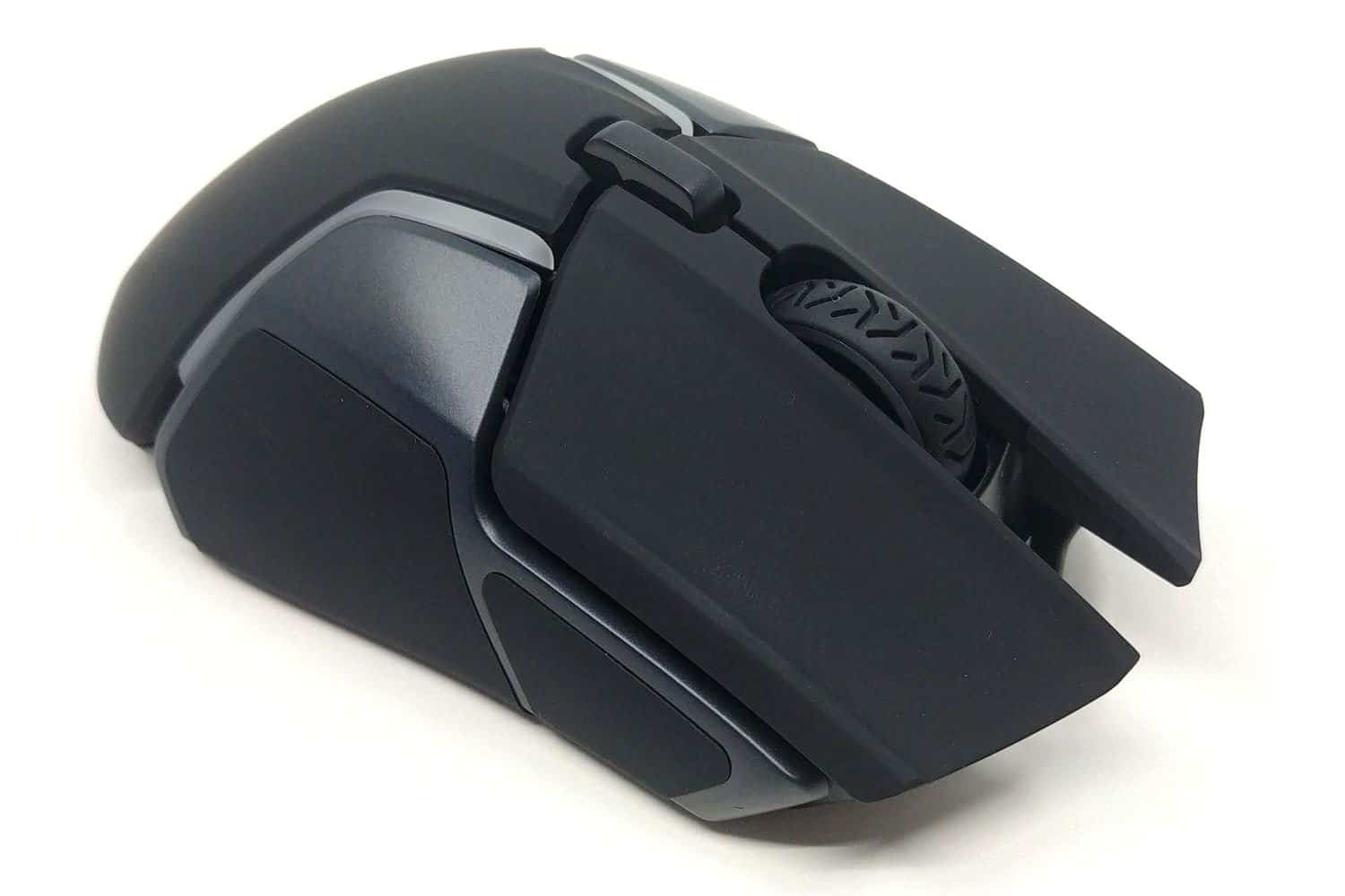 Image 3 : Mini Test : SteelSeries Rival 650, l'excellence sans-fil