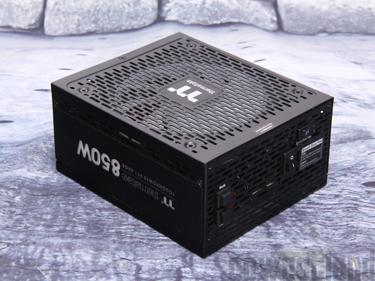 Image 1 : Test de l'alimentation Thermaltake Toughpower PF1 ARGB 850 watts